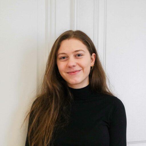 Auf dem Foto ist Bettina Krenka, Mitarbeiterin von Visionistas, zu sehen.